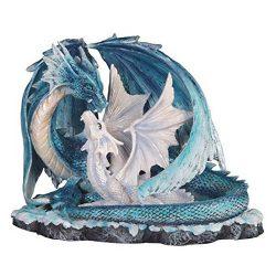 Dragones madre azul con su cría en nido de dragón